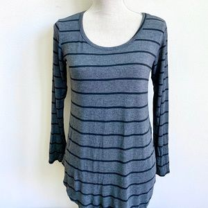 FREE KISSES STRIPED CREW NECK TEE SHIRT TOP